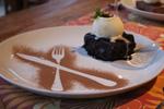 Villa Bebek Hotel - Sorvete de creme e ganache de chocolate