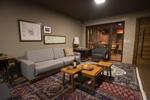 Canto do Irere Hotel Boutique Atibaia SP sala de estar e adega foto Hatyia